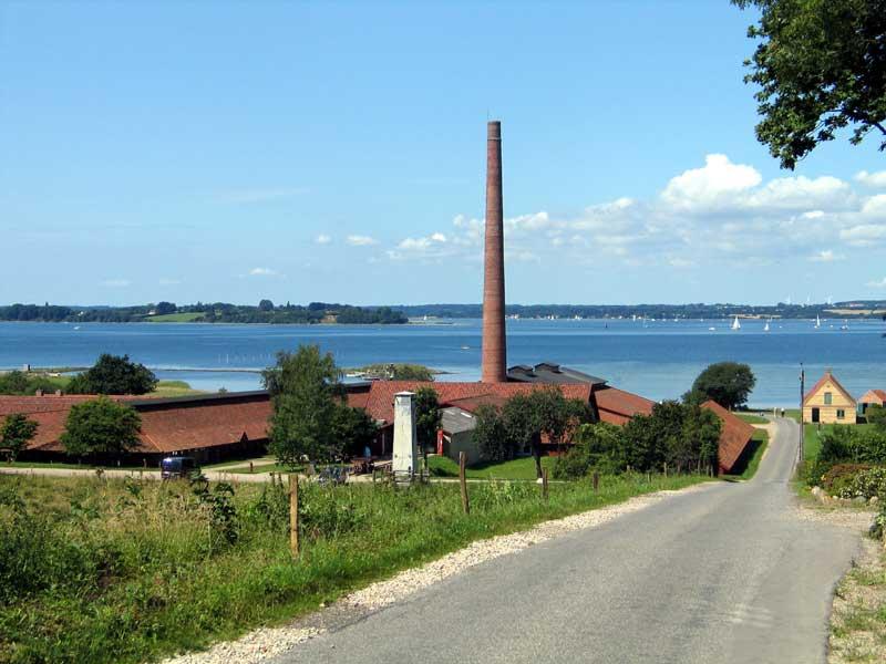 Christiansminde Teglværk i dag et museum og eneste tilbageværende af de 8 teglværker der har lagt ved Iller strand